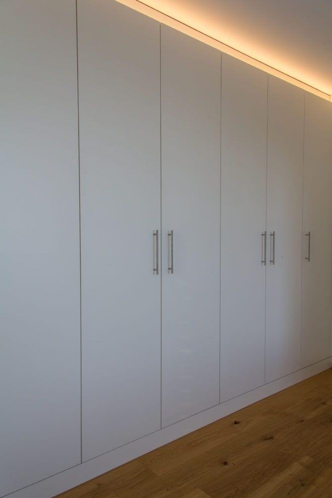 Bucher AG - Schlafzimmer / Kleiderschränke