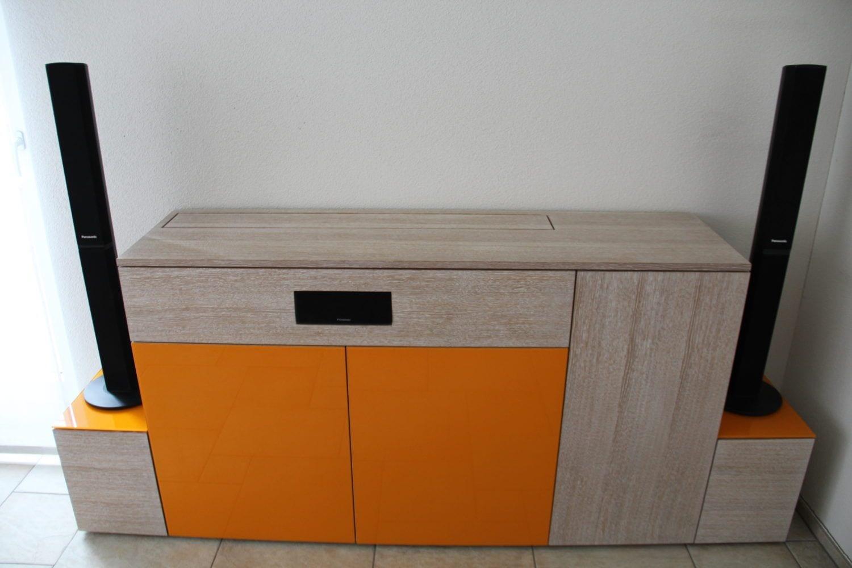 Bucher AG - Möbel