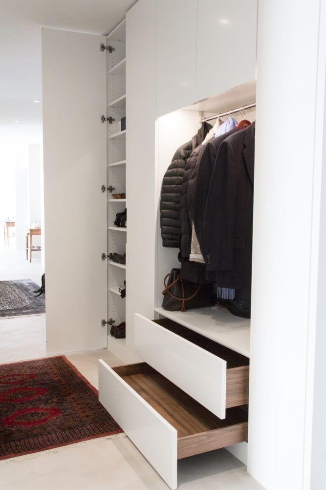 garderobe schreinerei in cham und zug. Black Bedroom Furniture Sets. Home Design Ideas